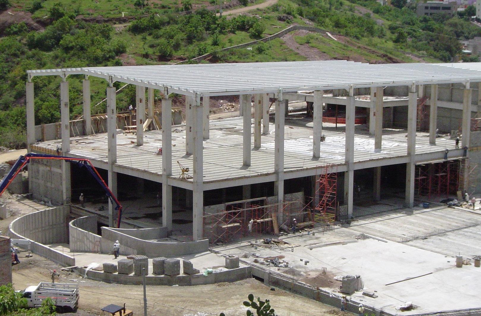 Centro Comercial Pozuelos, Irapuato