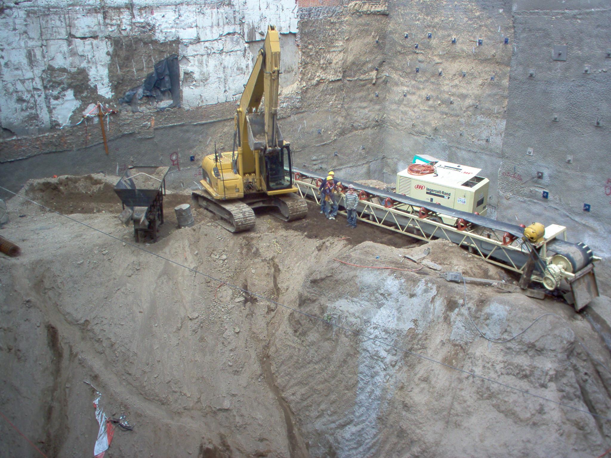 Excavacion HAUS Insurgentes