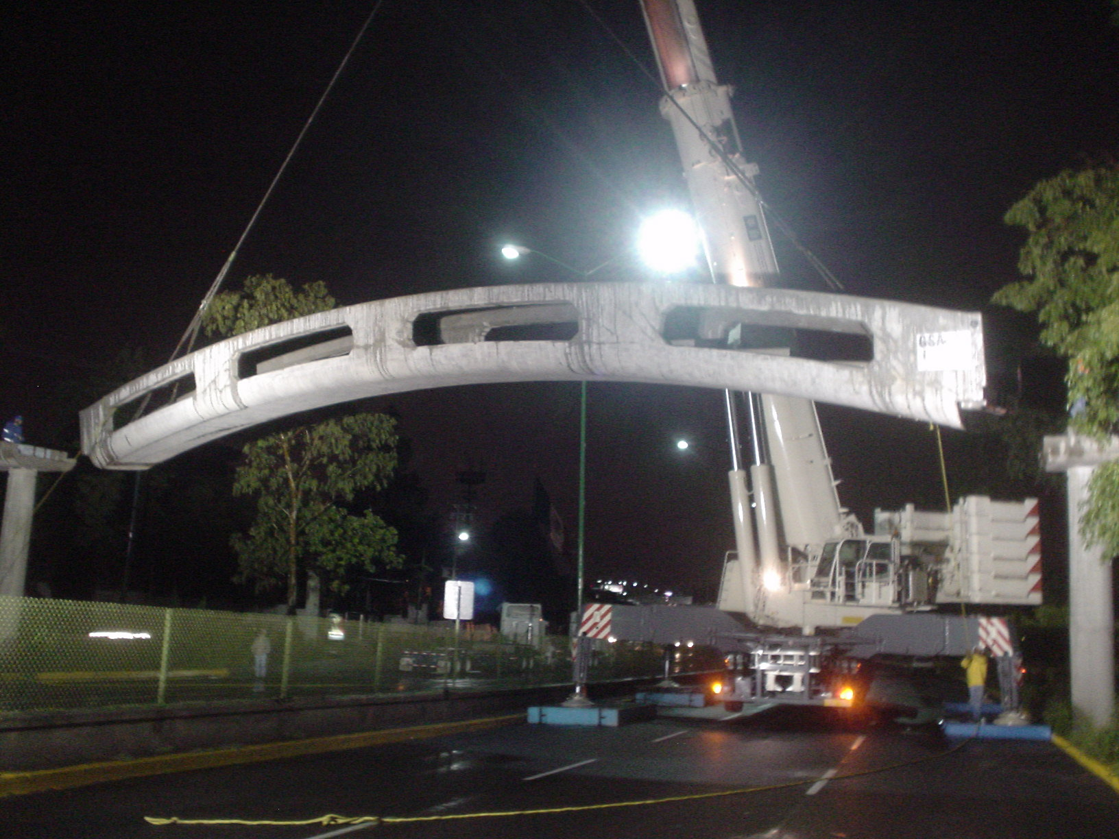 Puente Peatonal San Jeronimo